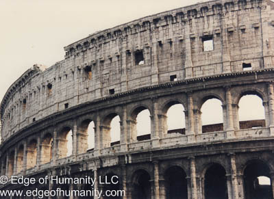 the colosseum rome photo essay edge of humanity magazine the colosseum rome photo essay
