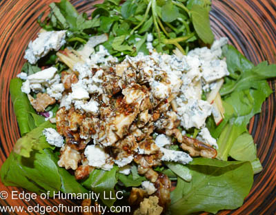 Greens, walnuts, blue-cheese, apple and dressing.
