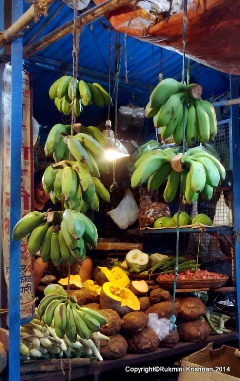 Ripe Raw bananas - Jambli Naka, Thane, Mumbai, India.