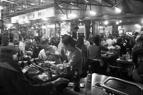 Seoul Restaurant: A crowded Seoul restaurant on a busy Friday night. South Korea