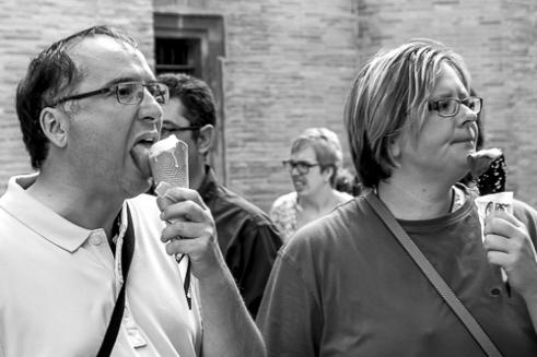 Ice creams Plaza de la Virgen, Valencia, Spain