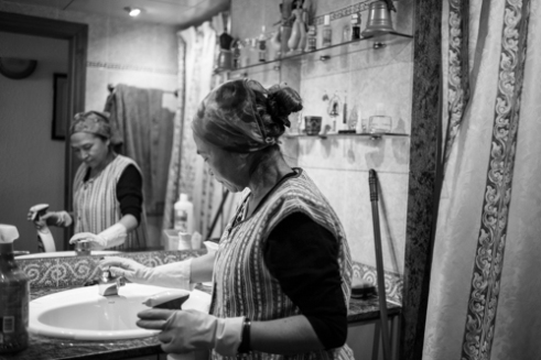 Documentary photography simple life of a colombian woman for Simple living documentary