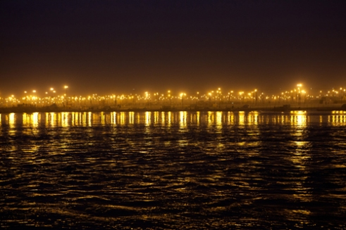 Lights, at 4 A.M., in Triveni Sangam the most important place in Allahabad