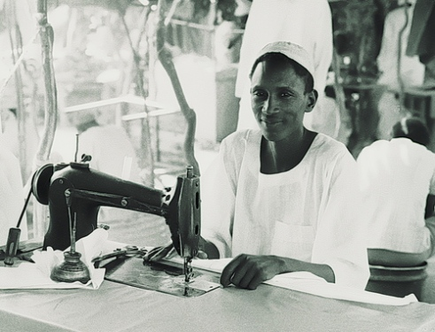 Man Sewing machine Tamboul Sudan