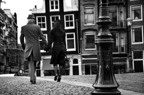 Hand in hand, Amsterdam