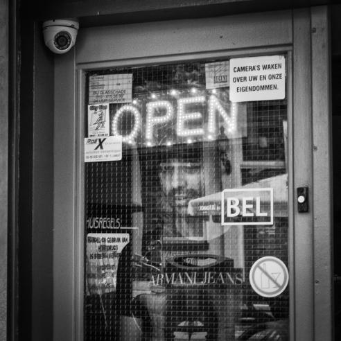 Man_Raam_Coffeeshop