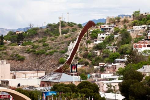 Nogales, Arizona (USA) and Nogales, Sonora (Mexico)