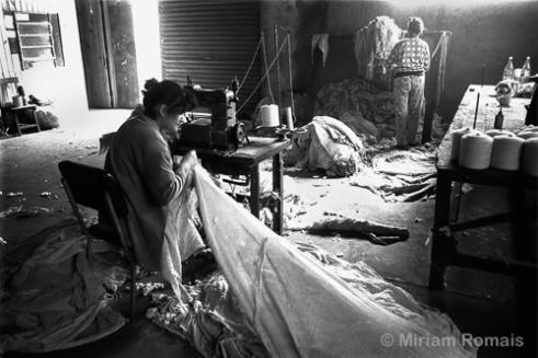 Lígia and Fernanda Sewing Bags, 1992