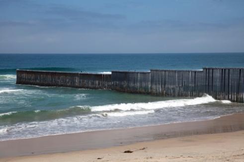 Muro fronterizo entre México y USA, en Tijuana (Baja California)