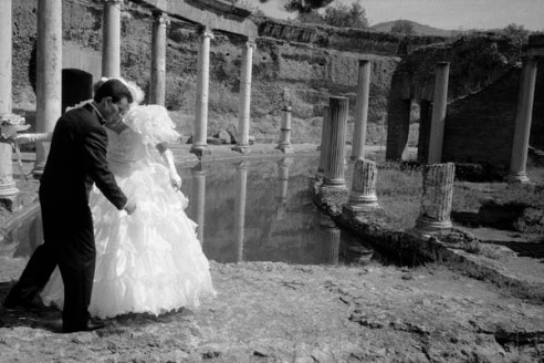 Wedding coupleTivoli, Italy
