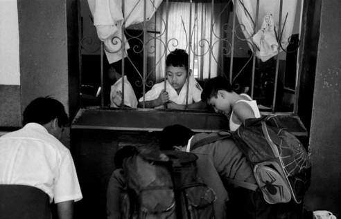 schoolboys looking downCuernavaca