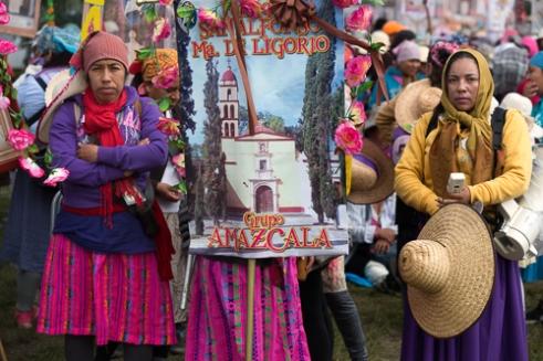 Amazcala Group walking from Tepeji del Rio to Tepotzotlan State of Mexico.
