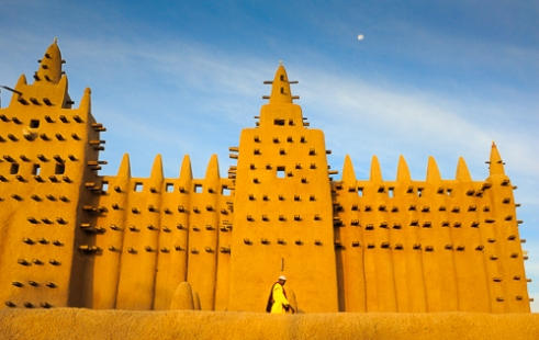 Muezzin at the Djenne Mosque. Djenne