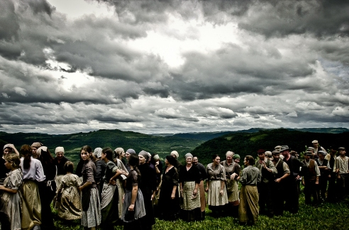 Farmers in the lunch line. Monte Belo do Sul, Rio Grande do Sul, Brazil