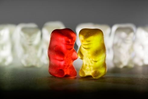 edge-of-humanity-gummy-bears-michalfanta-com_1970_0001