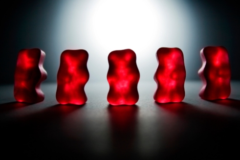 edge-of-humanity-gummy-bears-michalfanta-com_1970_0007