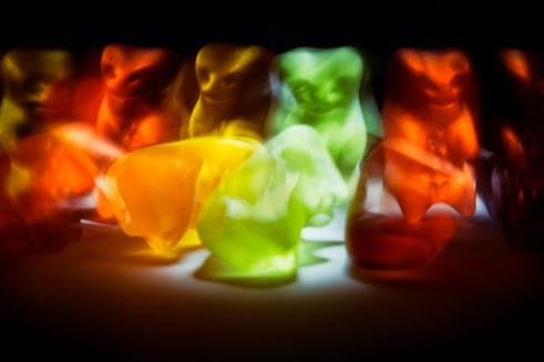 edge-of-humanity-gummy-bears-michalfanta-com_2016_0002