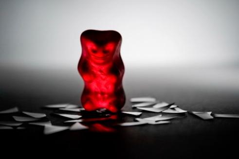 edge-of-humanity-gummy-bears-michalfanta-com_2016_0009