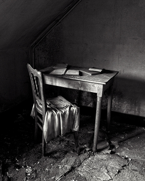 Reading table in a bedroom Belgium