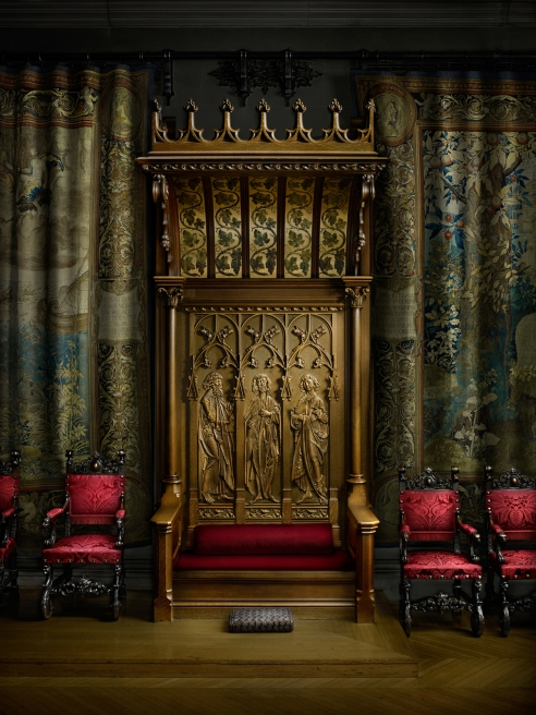 Banquet Hall Throne
