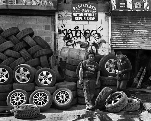 Registered Landmark A tire shop that has closed since I photographed it.