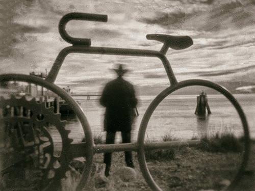 Eerie Pinhole Images Trapped In Time Edge Of Humanity
